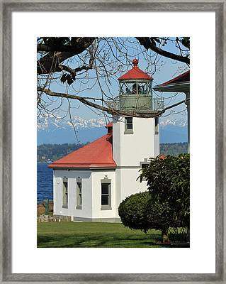 Framed Print featuring the photograph Alki Lighthouse by E Faithe Lester