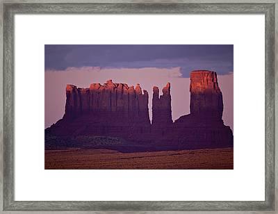 Alpen Glow On Monument Valley  C6j4475 Framed Print