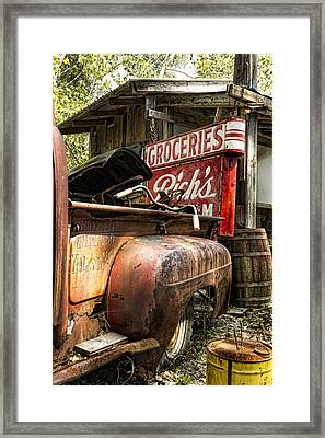 American Pickers Framed Print by Peter Chilelli