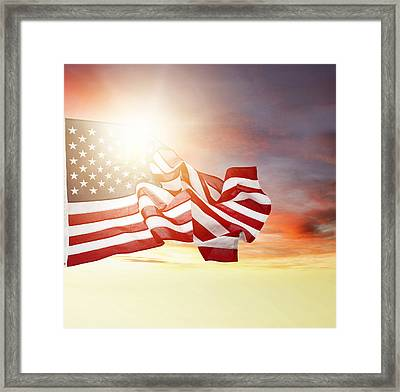 American Pride Framed Print by Les Cunliffe