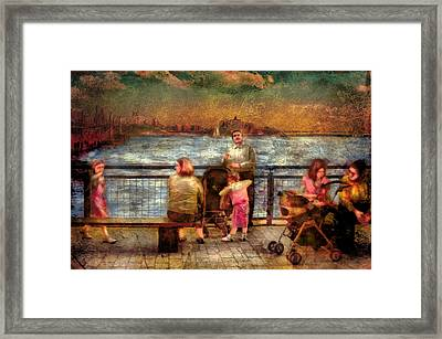 Americana - People - Jewish Families Framed Print by Mike Savad