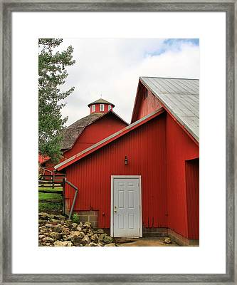Amish Acres Nappanee Indiana Framed Print by Dan Sproul