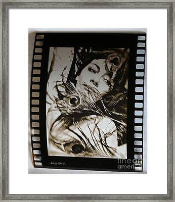 Amour. Framed Print by  Andrzej Goszcz