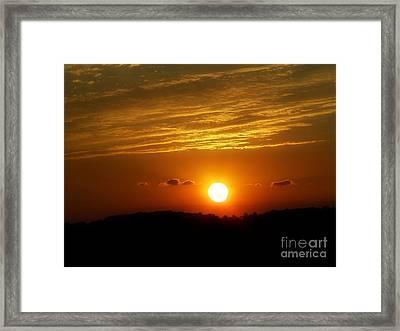 Ams90a Framed Print by Scott B Bennett