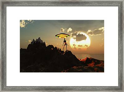 An Alien Reptoid Waiting To Hitch Framed Print
