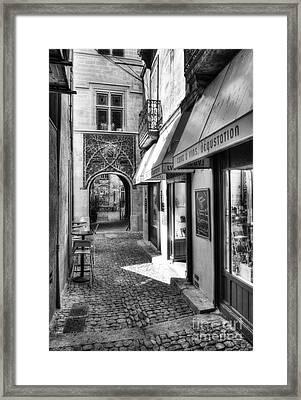 An Alley In Avignon Bw Framed Print
