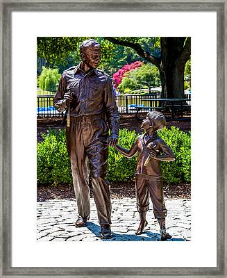 Andy And Opie Statue Framed Print by Arturo Vazquez