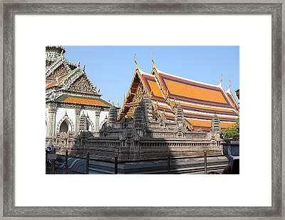 Angkor Wat Model - Grand Palace In Bangkok Thailand - 01131 Framed Print by DC Photographer