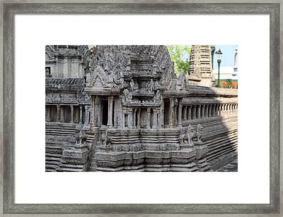 Angkor Wat Model - Grand Palace In Bangkok Thailand - 01133 Framed Print by DC Photographer