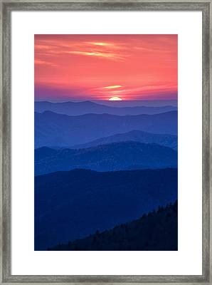 Another Day Ends Framed Print by Andrew Soundarajan
