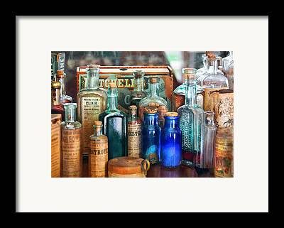 Chemists Framed Prints