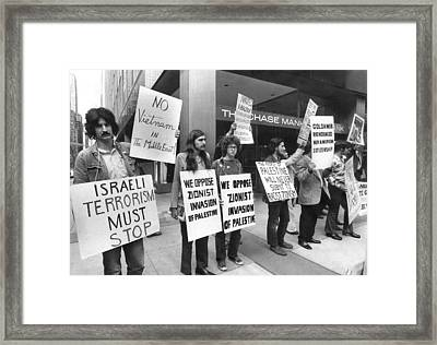 Arab Demonstrators In Ny Framed Print