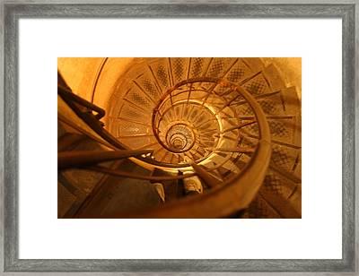 Arc De Triomphe - Paris France - 01132 Framed Print