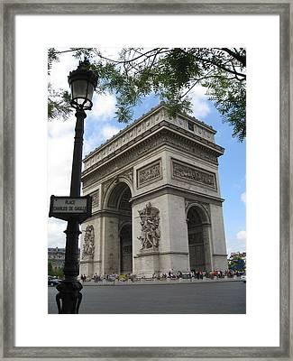 Arc De Triomphe Framed Print by Stephanie Hunter