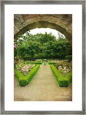 Framed Print featuring the photograph Arch To The Rose Garden by Maria Janicki