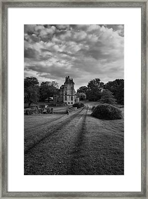 Architectural Treasure Bw Framed Print by Susan Candelario