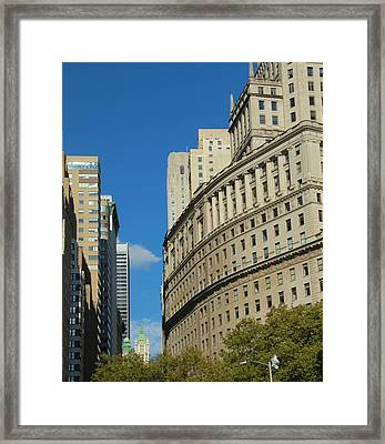 Architecture In New York City Framed Print by Dan Sproul
