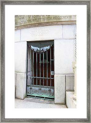 Arlington National Cemetery - 01139 Framed Print by DC Photographer