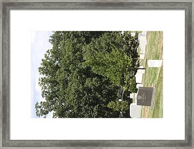 Arlington National Cemetery - 121238 Framed Print by DC Photographer