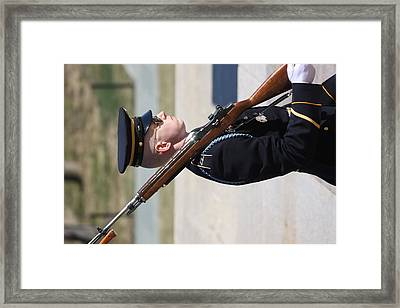 Arlington National Cemetery - Tomb Of The Unknown Soldier - 121227 Framed Print by DC Photographer