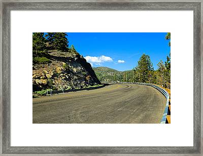 Around The Bend Framed Print by Scott Hill
