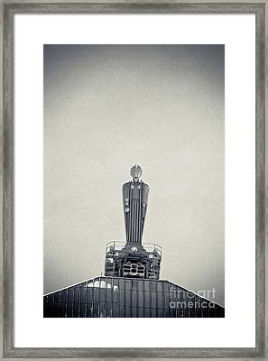 Art Deco Ceres Statue At The Board Of Trade Framed Print by Linda Matlow
