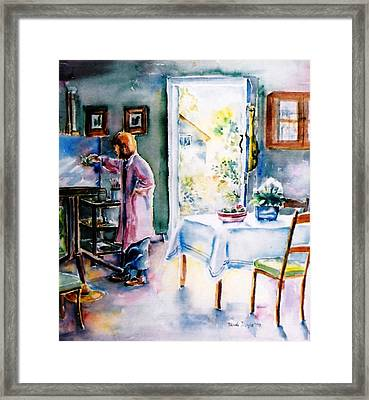 Artist At Work In Summer  Framed Print by Trudi Doyle