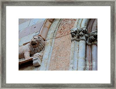Framed Print featuring the photograph Assisi -6 by Theresa Ramos-DuVon