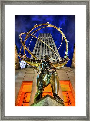 Atlas Statue At Rockefeller Center Framed Print by Randy Aveille