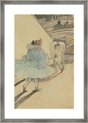 Au Cirque Entrèe En Piste Henri De Toulouse-lautrec Framed Print