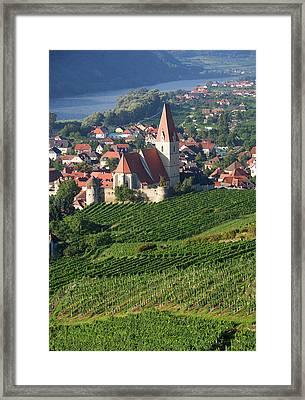 Austria, Wachau, Weissenkirchen, View Framed Print by Westend61