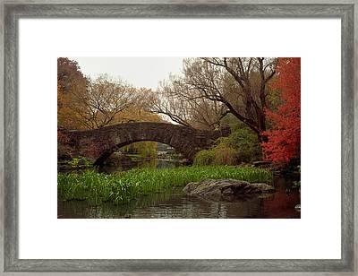 Autumn At Gapstow Bridge Framed Print