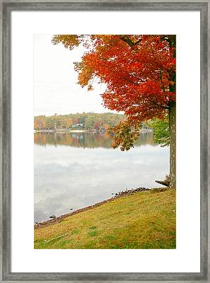 Autumn Morning At The Lake - Pocono Mountains - Pennsylvania Framed Print by Vivienne Gucwa