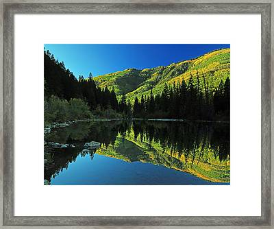 Autumn Splendor At Lizard Lake. Framed Print