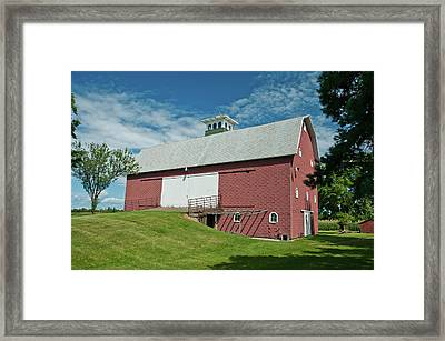 Framed Print featuring the photograph Babcock Barn 2263 by Guy Whiteley