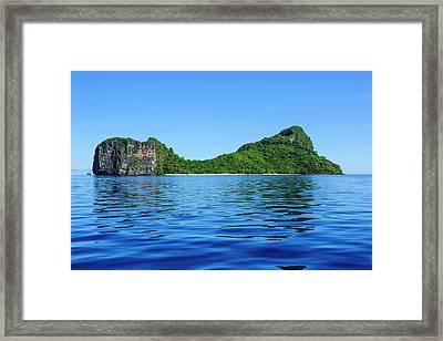 Bacuit Archipelago, Palawan, Philippines Framed Print by Michael Runkel