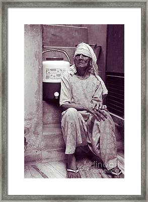 Baddi Amma Old Grandmother Framed Print by Mukta Gupta