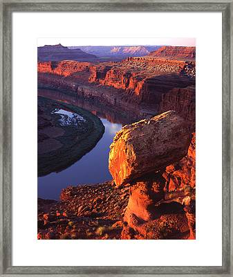 Balanced Rock On The Gooseneck Framed Print by Ray Mathis
