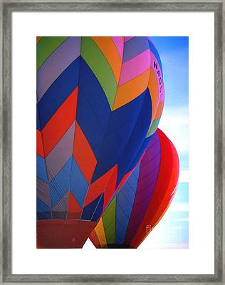 Balloon 11 Framed Print