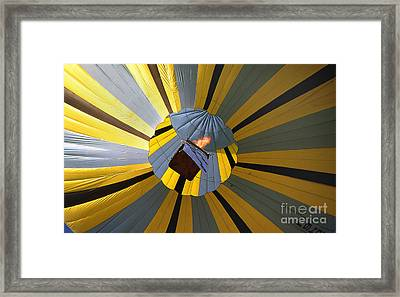 Balloon 16 Framed Print