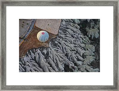 Balloon (2) Framed Print