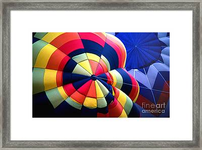 Balloon 20 Framed Print