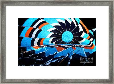 Balloon 23 Framed Print