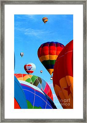 Balloon 8 Framed Print