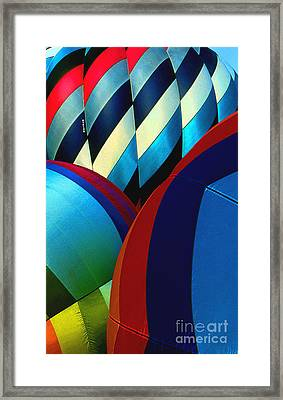 Balloon 9 Framed Print