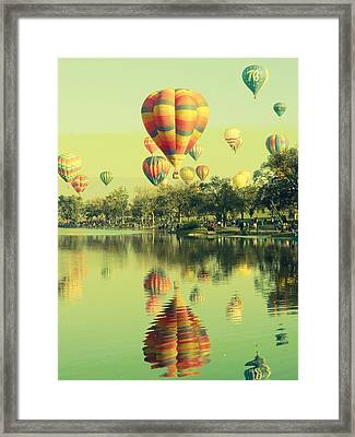 Balloon Classic Framed Print