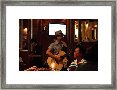 Band At Palaad Tawanron Restaurant - Chiang Mai Thailand - 01136 Framed Print