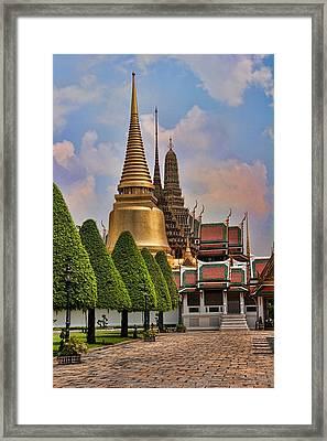 Bangkok Palace Temple 3 Framed Print