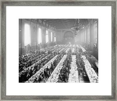 Banquet In Alumni Hall [i.e., University Commons], Yale College, Connecticut, C.1900-06 Bw Photo Framed Print