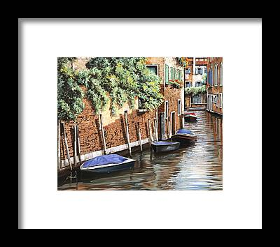 Calle Framed Prints